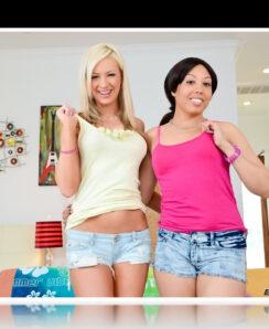 Alexa Cruz & Kaylee Hilton