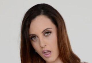 Roxanne Rae (M)
