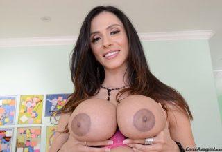 Ariella Ferrera (P)